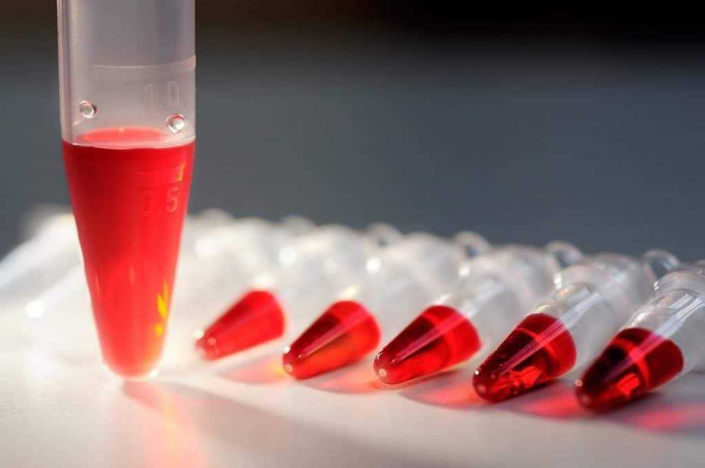 Анализы крови во время менструальной паузы