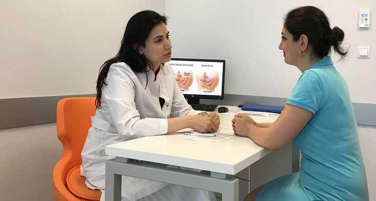 Консультация врача гинеколога о посещении солярия при месячных