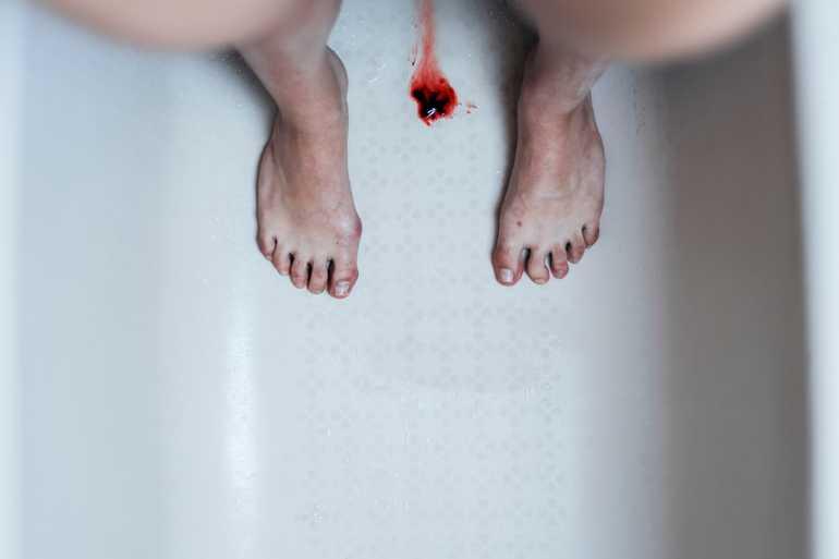 Месячная кровь