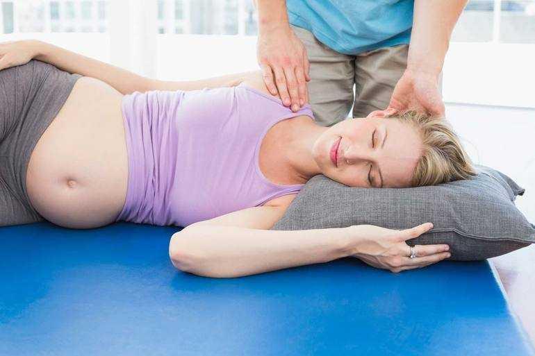 Как применяется мануальная терапия