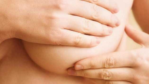 Почему болят соски перед месячными