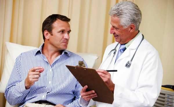 Андролог с пациентом