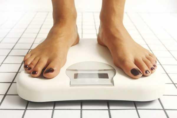 Женщина на весах