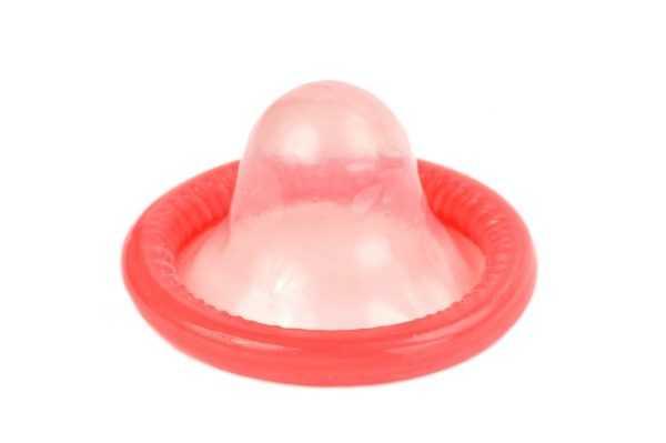 Раскрытый презерватив