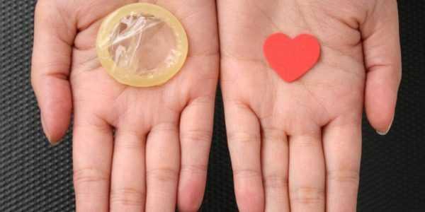 Презервативы — способ уберечься и от инфекций, и от воспалений эпителия на шейке матки